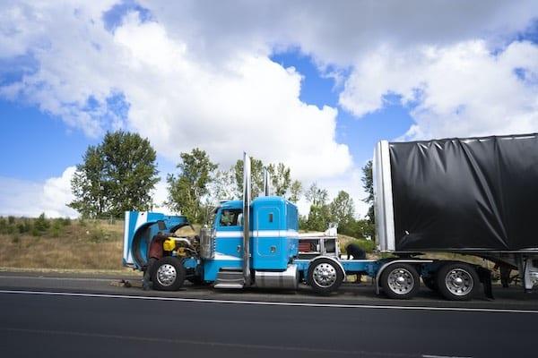 semi-truck broke down in highway in vancouver